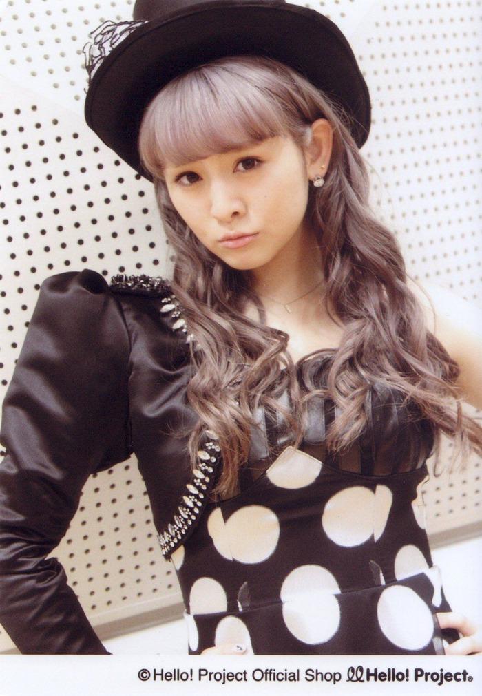 菅谷梨沙子 (24)
