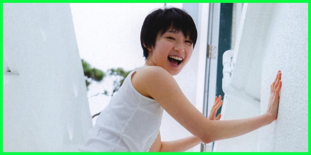 【動画あり】【ご紹介】「Juice=Juice LIVE MISSION 220 〜Code1→Begin to Run〜」いよいよスタート! https://youtu.be/6ebbo4HG7IE  @YouTubeさんから かりんちゃんとかなともがおそろいでほっこりん♪