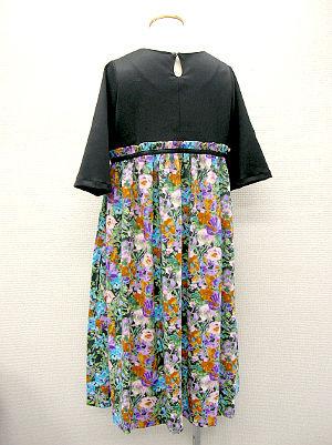 水彩花スカートのギャザーワンピ