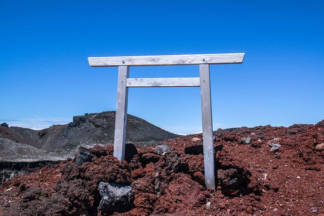 浅間岳鳥居800