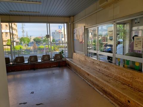 higashiniigata_waitingroom