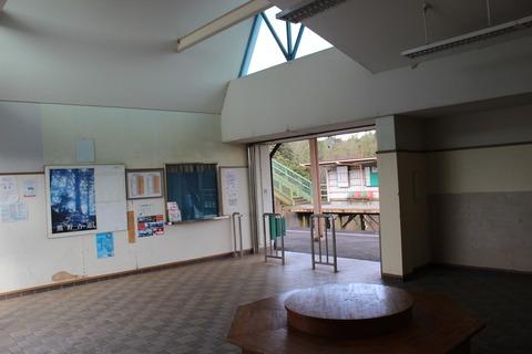 nakaseko_waitingroom2