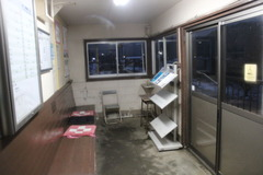 higashimihama_waitingroom3