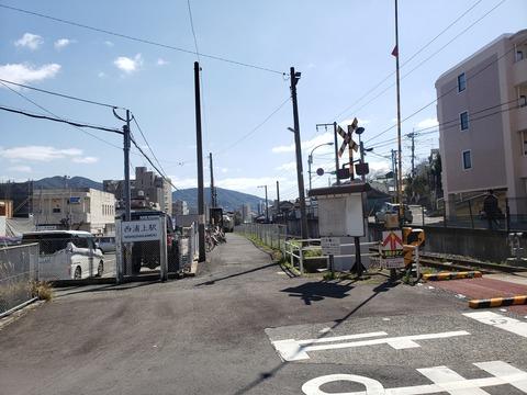 nishiurakami_entrance