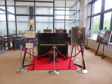 小澤征爾氏の幼少期に弾いていたピアノ