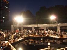 開演前の観客席