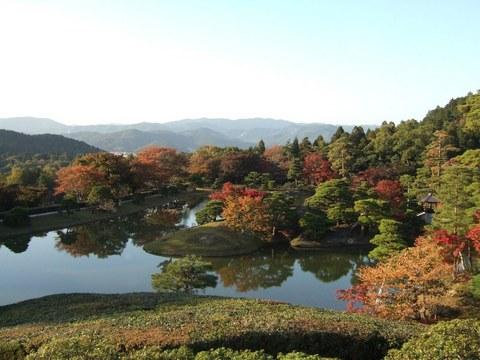 秋の浴龍池1