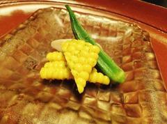 玉蜀黍とオクラ