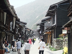 奈良井宿のにぎわい