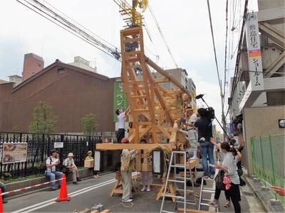 33・2014年大船鉾の鉾建て