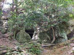 i弁天洞穴