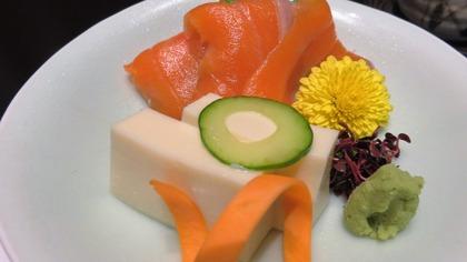 15・お造り・信州サーモンの混布〆と豆乳豆腐