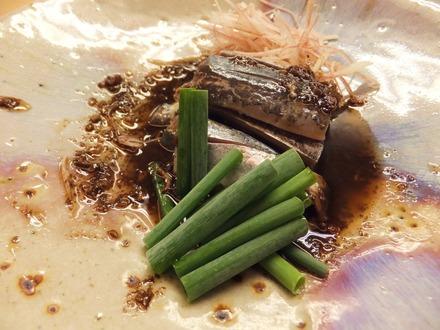 このソースは秋刀魚の肝でできてます