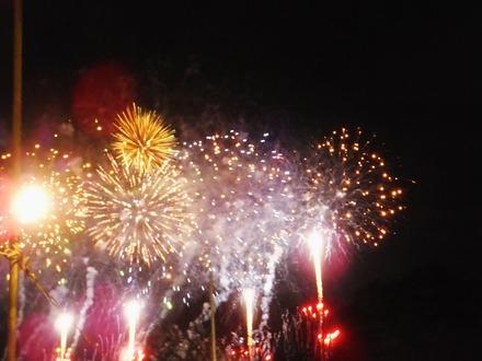 1・豪勢な花火が次から次へ