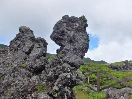 14・1奇岩もいっぱい