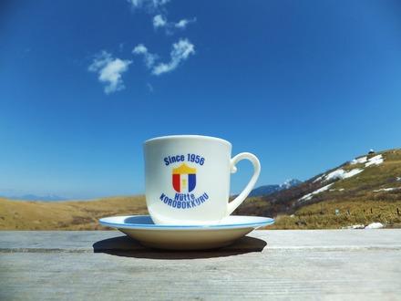 蓼科山とコーヒーカップ