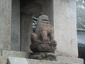 仏国寺多宝塔を飾る獅子