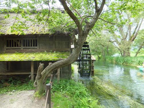 黒沢明「夢」に使われた水車小屋のある風景