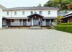明治15年に建てられた四国最古の小学校・開明学校