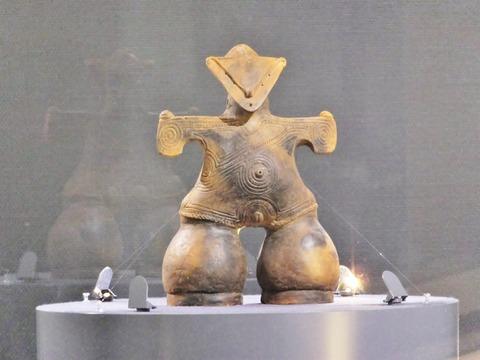 5・仮面の女神