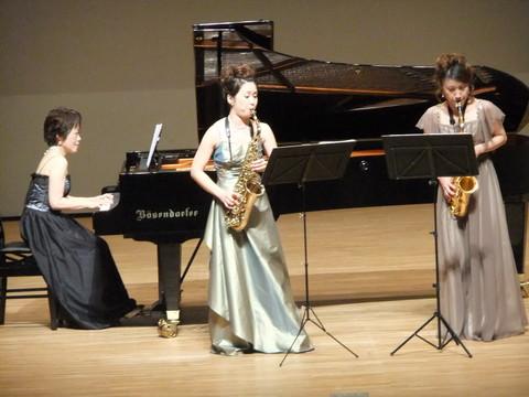 サックスデュオとピアノ