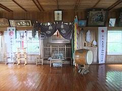 能理刀神社の拝殿内部