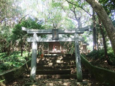対馬・高御魂神社