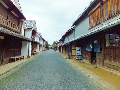古い街並みの残る中町通り