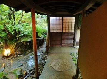 お風呂への渡り廊下
