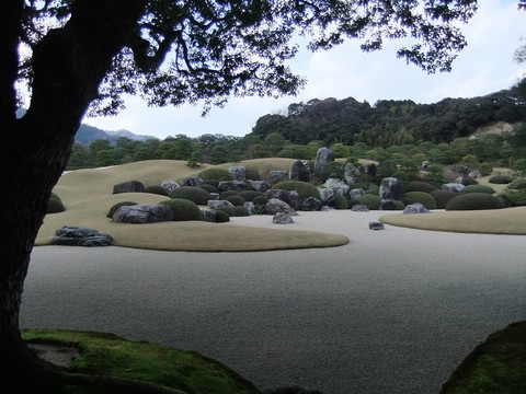足立美術館枯山水庭園