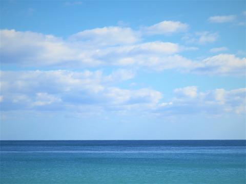 秋の海 グラデーション