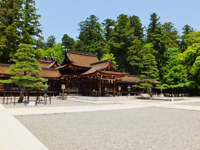 1・多賀大社拝殿・神楽殿・幣殿・本殿