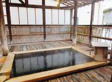 12・左の貸切風呂
