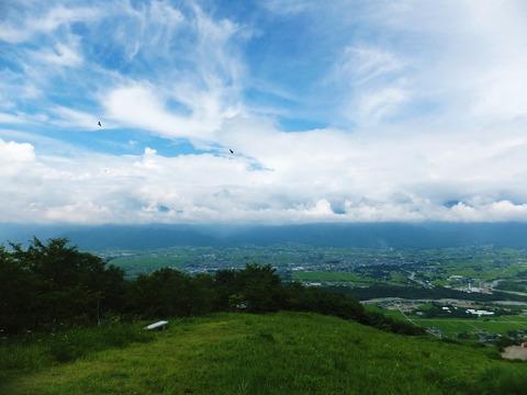 長峰山から安曇野を一望