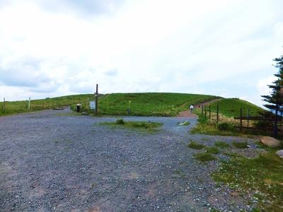 コロボックル前・霧ヶ峰へ向かうトレッキングコース