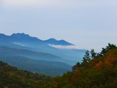 6・八ヶ岳と紅葉