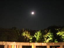 能舞台と望月