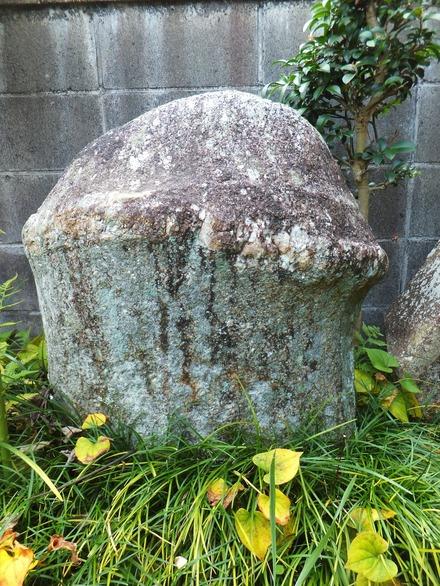 人工の手を加えぬ日本一の陽石