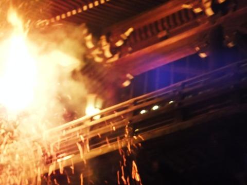二月堂、燃ゆる