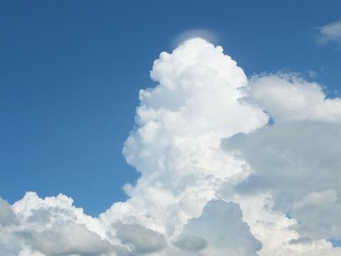 安曇野盛夏の入道雲
