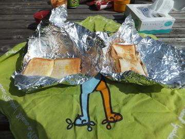 ホット・サンドのお弁当食べて・・・