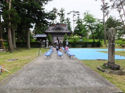 8・諏訪神社拝殿と薪能の見所