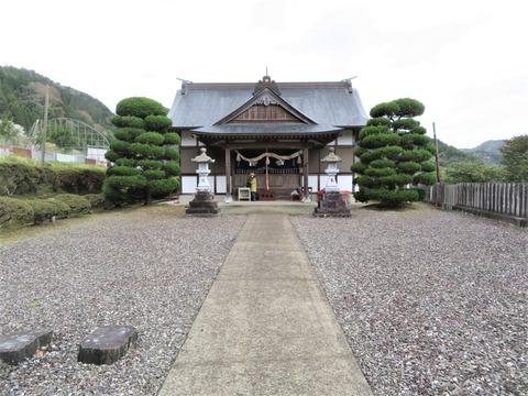 御所神社・拝殿
