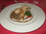 マトウダイのポワレ 黒オリーブソース