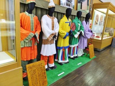 飛鳥時代の衣装・明日香村埋蔵文化財展示室