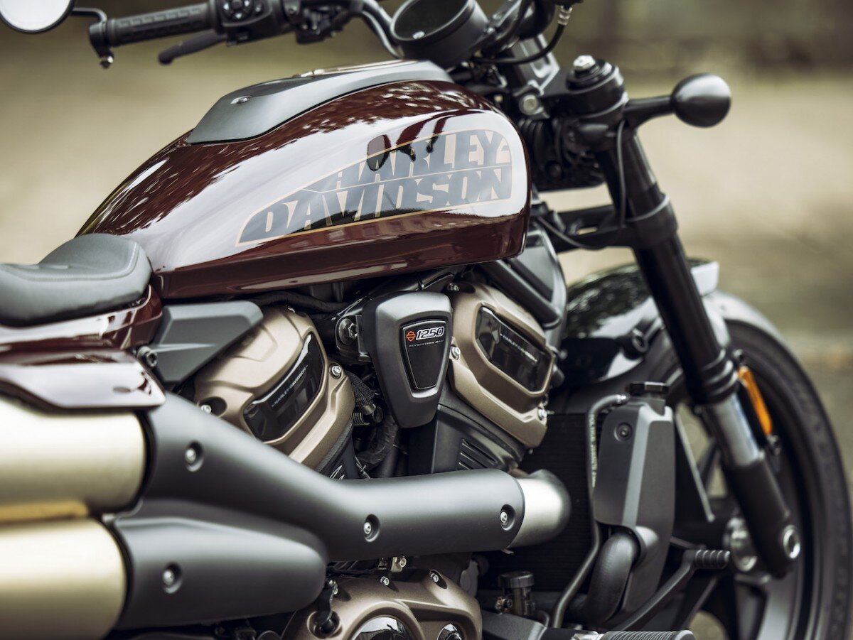 2021-Harley-Davidson-Sportster-S-6