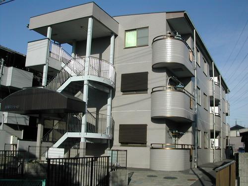 鳩ヶ谷市の賃貸物件/不動産「長堀マンション」:外壁タイル貼りのグレード感あふれるマンションです!