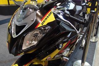 1000S RR(東京モーターサイクルショー2013)_R