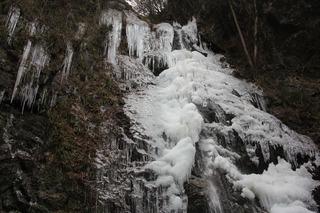 払沢の滝ー氷瀑ー_R