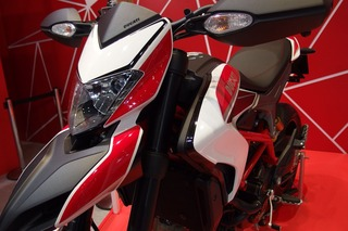 HYPERMOTARD SP(東京モーターサイクルショー2013)_R